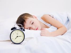 Schlafender Bub